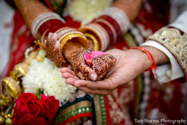 mehendi ceremony wedding indian - 7 Vachan : 7 Promises in traditional Indian wedding