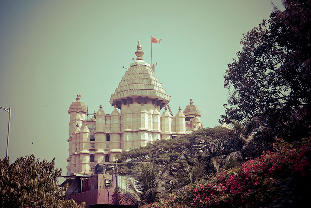 7 Magnificent Temples of India siddhivinayak-temple