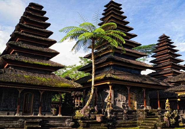 1432906611Mother Temple of Besakih B - 31 Hindu Temples Outside of India that You Should Visit