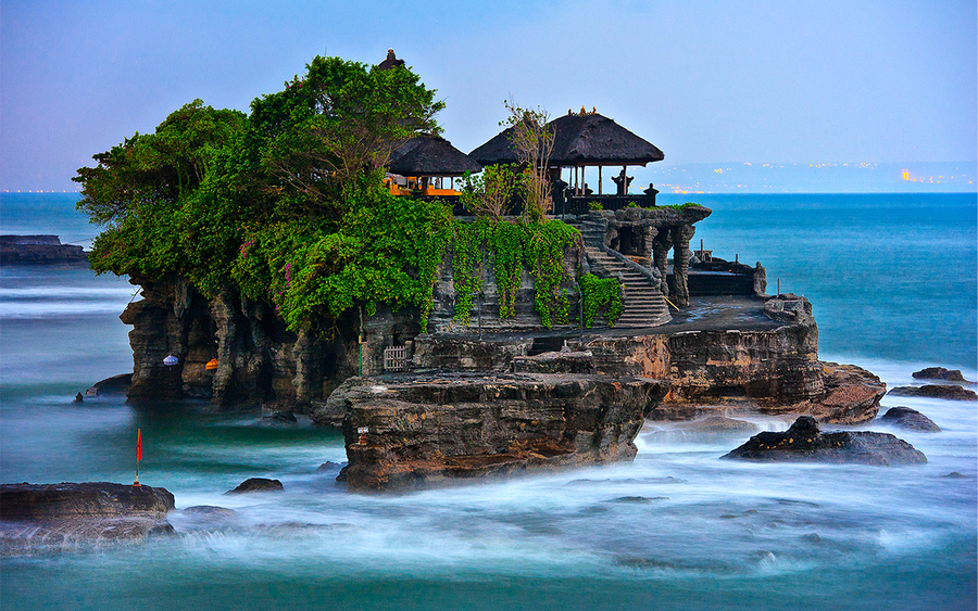 Tanah Lot Temple - 31 Hindu Temples Outside of India that You Should Visit