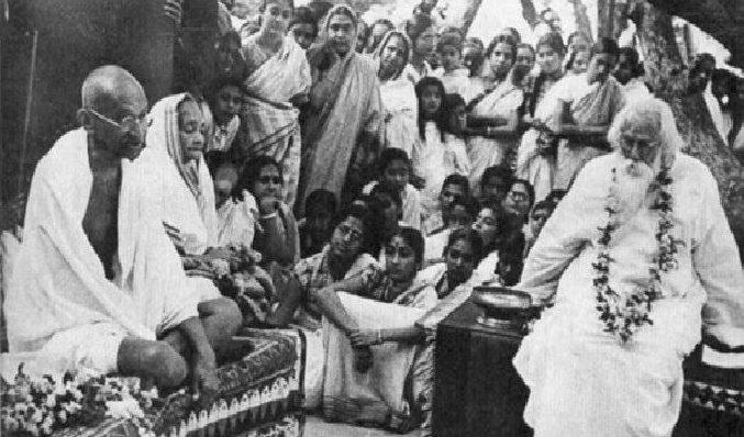 39. Mahatma Gandhi and Kasturba Gandhi with Rabindranath Tagore at Shantiniketan.